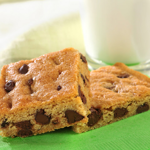 Nestlé® Toll House® Chocolate Chip Cookie Kit Pan Cookies or Bars