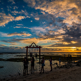 Sunset at Gili Trawangan Lombok by Ted Khiong Liew - Landscapes Sunsets & Sunrises ( holiday, sky, sunset, sea, beach, people )