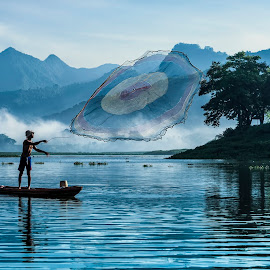 Net fishering by Agus Sudharnoko - People Portraits of Men