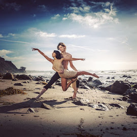 Beach dance by Suzan Jones - People Professional People