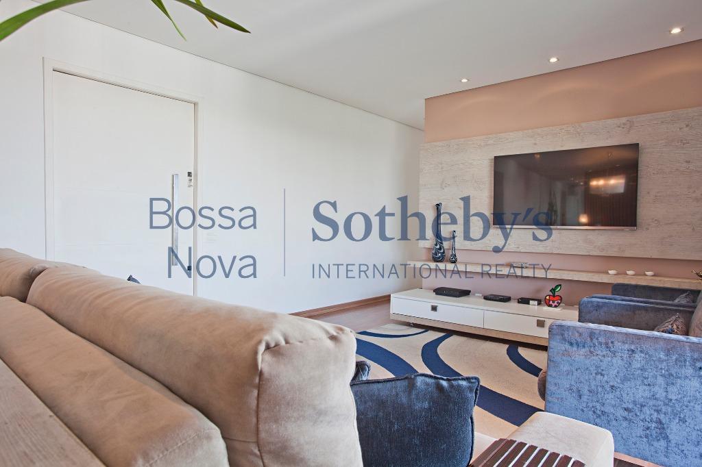 Apartamento moderno em condomínio fechado com excelente área de lazer..