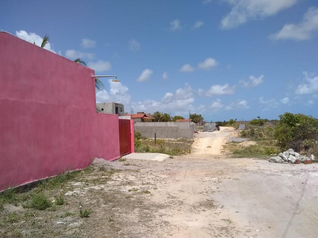 4 Lotes juntos, próximo a pista, bem localizado em Carapibus, Ótima opção para construir ou investir com 360 m² cada, por R$ 50.000 cada Lote.