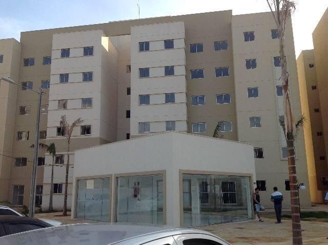 Vende-se apartamento no Residencial Celina Guimarães