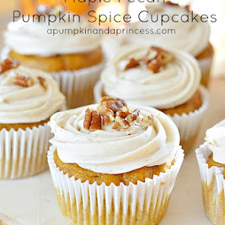 Maple-Pecan Pumpkin Spice Cupcakes