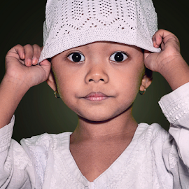 Lala by Doeh Namaku - Babies & Children Child Portraits