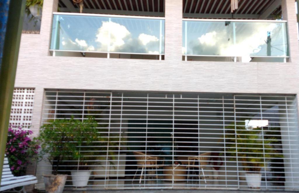 Casa com 3 dormitórios à venda, 320 m² por R$ 470.000 - Bessa - João Pessoa/PB