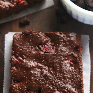 Clean & Fudgy Dark Chocolate Strawberry Brownies
