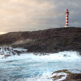 Gran Canaria by Krzysztof Laskowski - Landscapes Travel ( #island #water #faro )