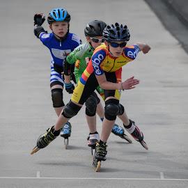 The finish by Nick Vanderperre - Sports & Fitness Other Sports ( 2018, zemst, skeeleren )