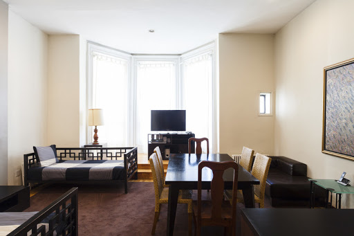 2 bedroom in East 60th Street Manhattan