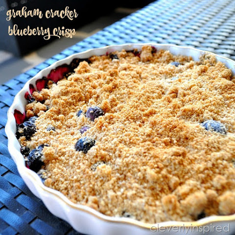 Graham Cracker Blueberry Crisp