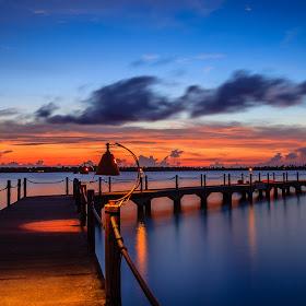 Sunrise at Kalianda.jpg
