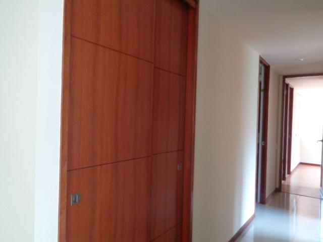 apartamento en arriendo loma de las brujas 594-12628