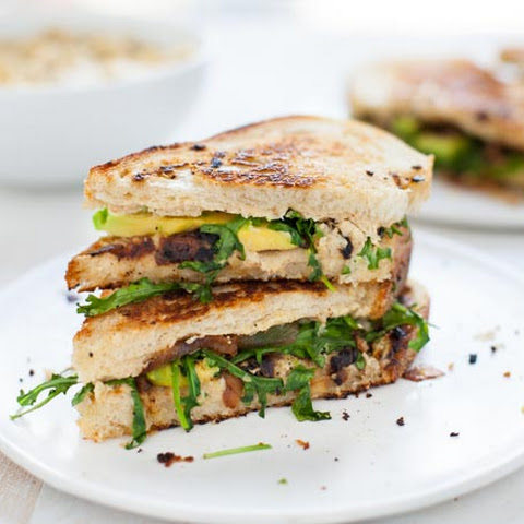 Grilled Cauliflower Hummus Sandwich