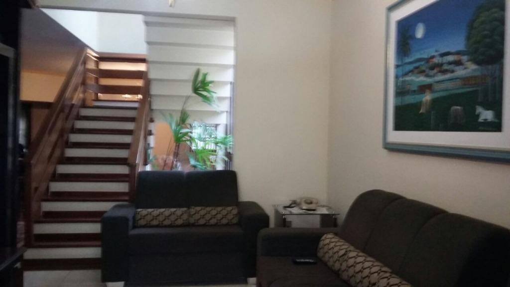 Casa em condomínio à Venda - Recanto Real