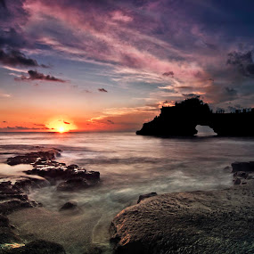 came om see the sunset by Aldhy Eka Putra - Landscapes Sunsets & Sunrises