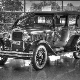 1928 Pontiac Sport Sedan by Norman Stephens - Transportation Automobiles ( kentucky ky, 1928 pontiac sport sedan poci convention in louisville,  )