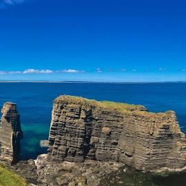 by Phil Bear - Landscapes Beaches ( coast, castle, uk, ruins, castle sinclair girnigoe, wick, scotland )