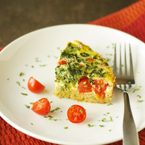 Crockpot Quinoa Breakfast Casserole with Tomato and Spinach