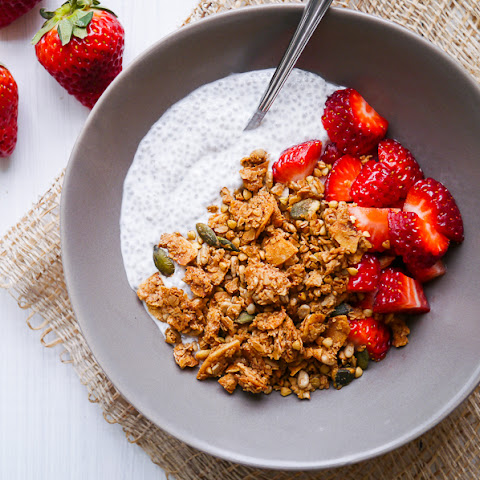 Healthy Cinnamon and Ginger Granola