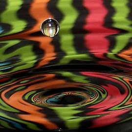 XCZ 3 by John Geddes - Abstract Water Drops & Splashes