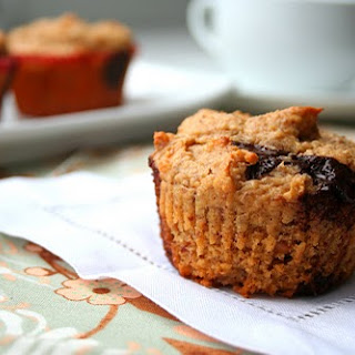 Peanut Butter Chocolate Chip Muffins (Low Carb and Gluten Free)