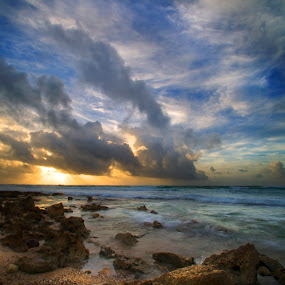 Sunrise at Cozumel by Cristobal Garciaferro Rubio - Landscapes Waterscapes ( shore, clouds, sand, sea, sunrise, rocks )
