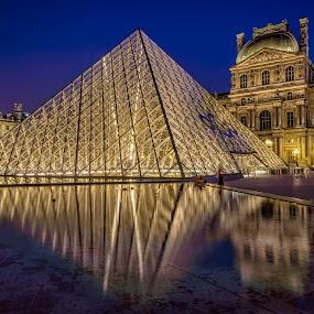 Pyramid and Richilieu Pavillion, Louvre by Daniel Schwabe - Travel Locations Landmarks ( paris, louvre, reflection, pyramid, blue hour, night, gold, geometry )