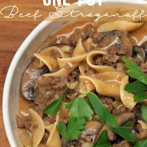 One Pot Ground Beef Stroganoff #Recipe