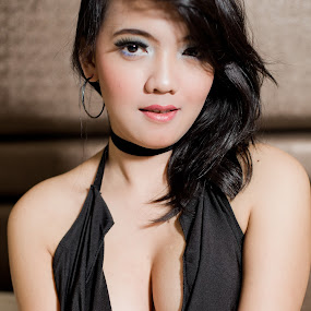 Fie #13 by Nino Collino - People Portraits of Women ( sexy, model, woman, indonesia, beauty, portrait )