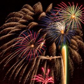 2013 Fireworks by Tom Weisbrook - Abstract Fire & Fireworks ( explosives, amarillo, 2013, john stiff park, texas, fireworks, pyrotechnics )