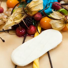 Close up food! by Gunnar Sigurjónsson - Food & Drink Candy & Dessert