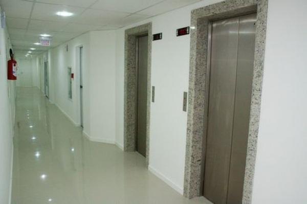 Sala Comercial Florianópolis Estreito 2051728