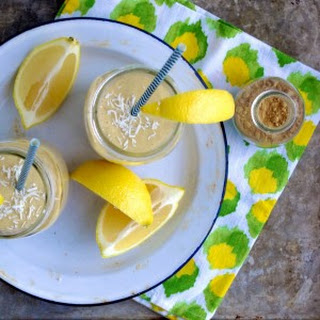 Fresh Lemon Ginger Detox Smoothie
