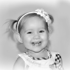 by Lisa Kirkwood - Black & White Portraits & People ( child, black and white, happy, toddler, smiles, portrait )