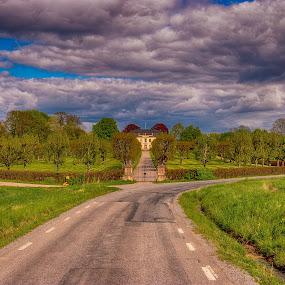Castle by Dan Westtorp - Transportation Roads