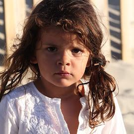 Frida by Joao Bettencourt - Babies & Children Child Portraits ( child, girl child, child portrait, portugal, children photography, frida, kid,  )
