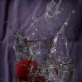 by Todd Klingler - Abstract Water Drops & Splashes