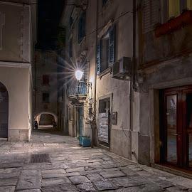 by Stane Gortnar - Uncategorized All Uncategorized ( piran, streetphotography )