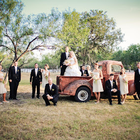 http://facebook.com/studioelevenphoto by Robin Haws - Wedding Groups
