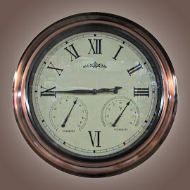 OLI clock 30 by Michael Moore - Artistic Objects Other Objects