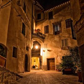 Trevi by Emanuele Dini - Buildings & Architecture Public & Historical ( vicolo, trevi, architecture, vicoli )