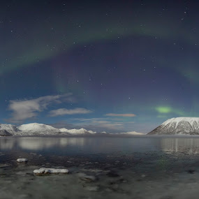 Panoramic aurorapic by Benny Høynes - Uncategorized All Uncategorized ( mountains, winter, cold, northern lights, aurora borealis, sea )