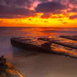 Last of the Sun, La Jolla San Diego by Patrick Flood - Landscapes Sunsets & Sunrises ( canon, san diego, photosbyflood, warm colors, sunset, cove, long exposure, beach, landscape, la jolla )
