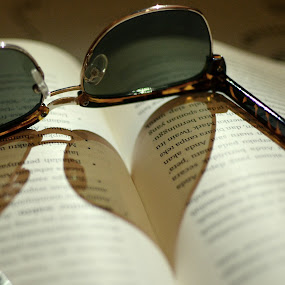 loving through by Herry Wibisono - Artistic Objects Other Objects ( love, still life, art, book, sunglasses )