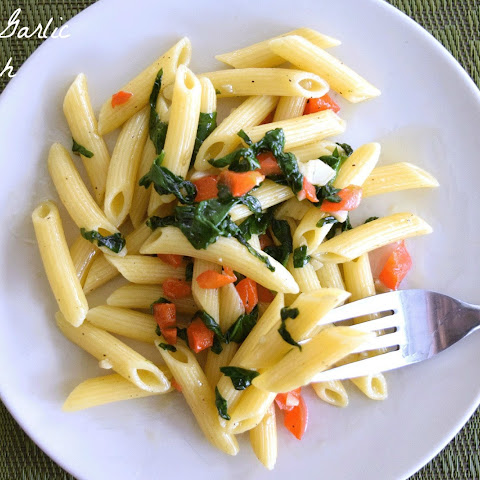 Roasted Garlic and Spinach Penne