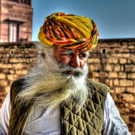 The bearded man by Rakesh Das - People Portraits of Men