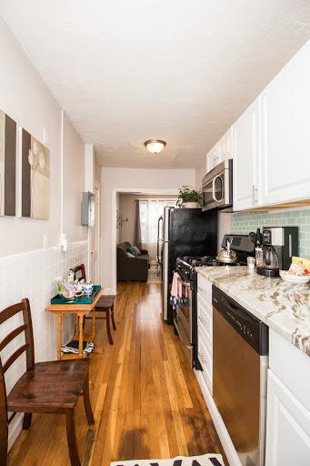 6-191KENT#5-Kitchen.jpg(1).jpg