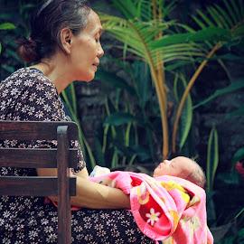 Two Beautiful Life by Ikent Iyenk - People Family