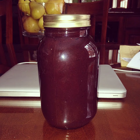 Homemade Blueberry BBQ Sauce